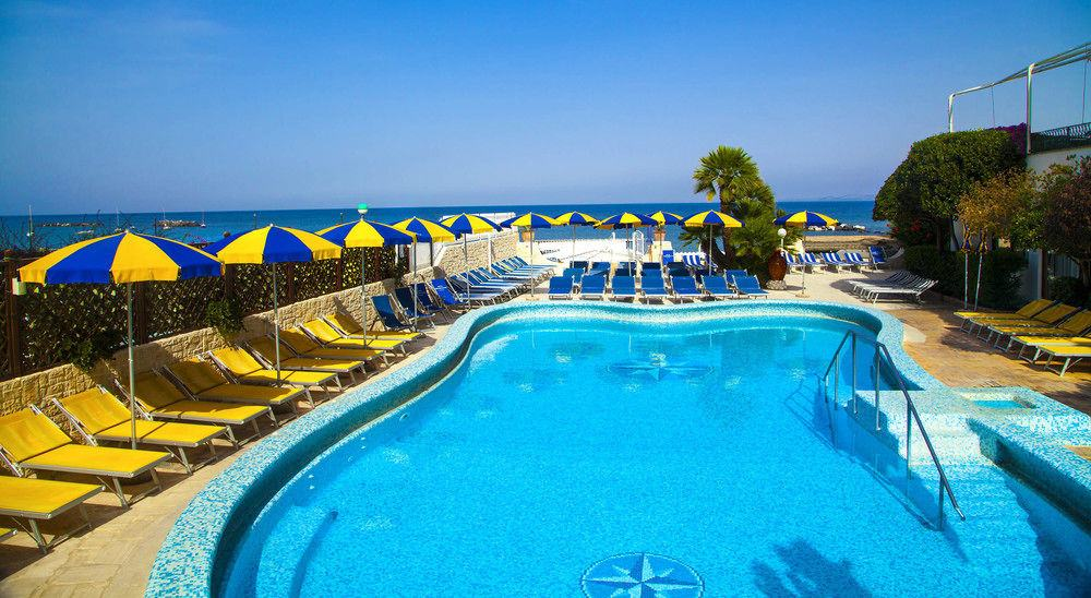 Hotel ischia in offerta con last minute e promozioni di for Soggiorni a ischia last minute