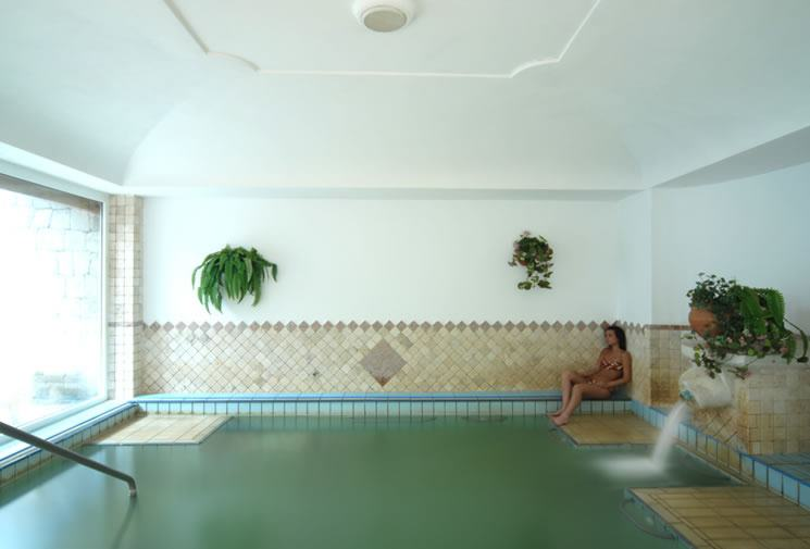 Hotel ischia in offerta con last minute e promozioni di for Pepe garces tarifas piscina