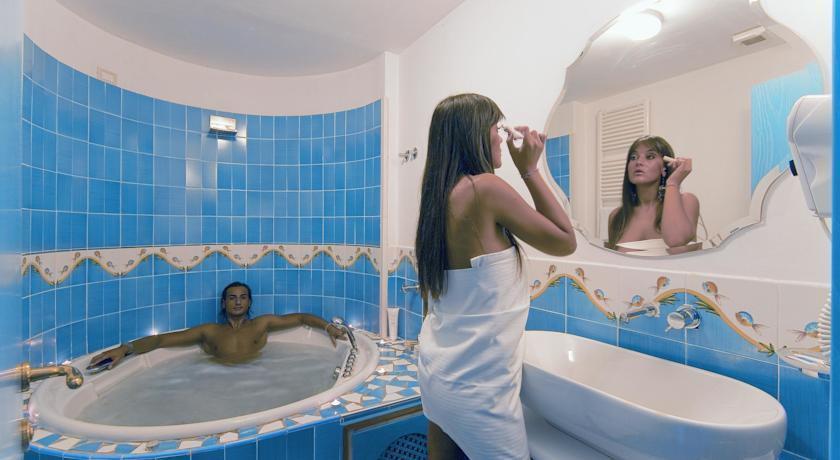 Hotel ischia in offerta con last minute e promozioni di - Bagno di romagna last minute ...
